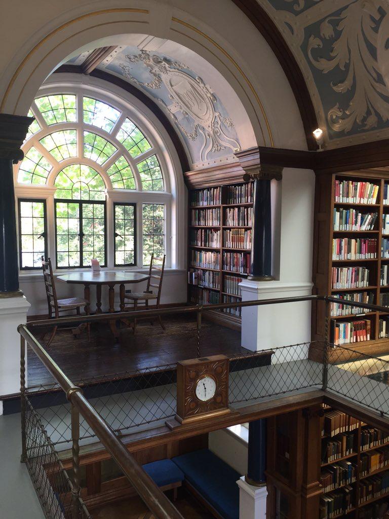 Pingl Par Kenna E Sur Library Nooks Pinterest  # Construire Une Bibliotheque