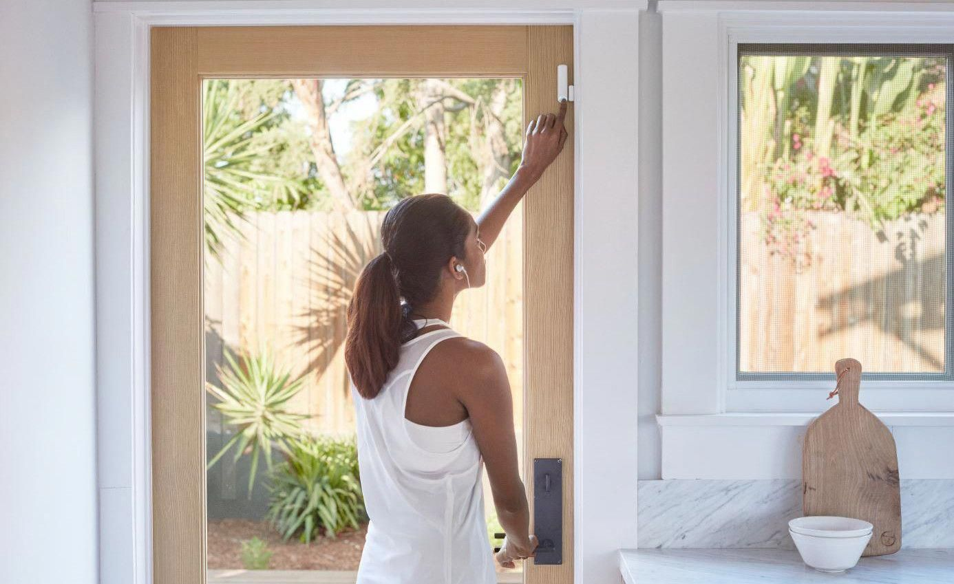 Good Overview Our Goal Is To Be On The List Next Year The Best Diy Smart Home Security Systems For 2 Smart Home Security Home Security Home Security Systems