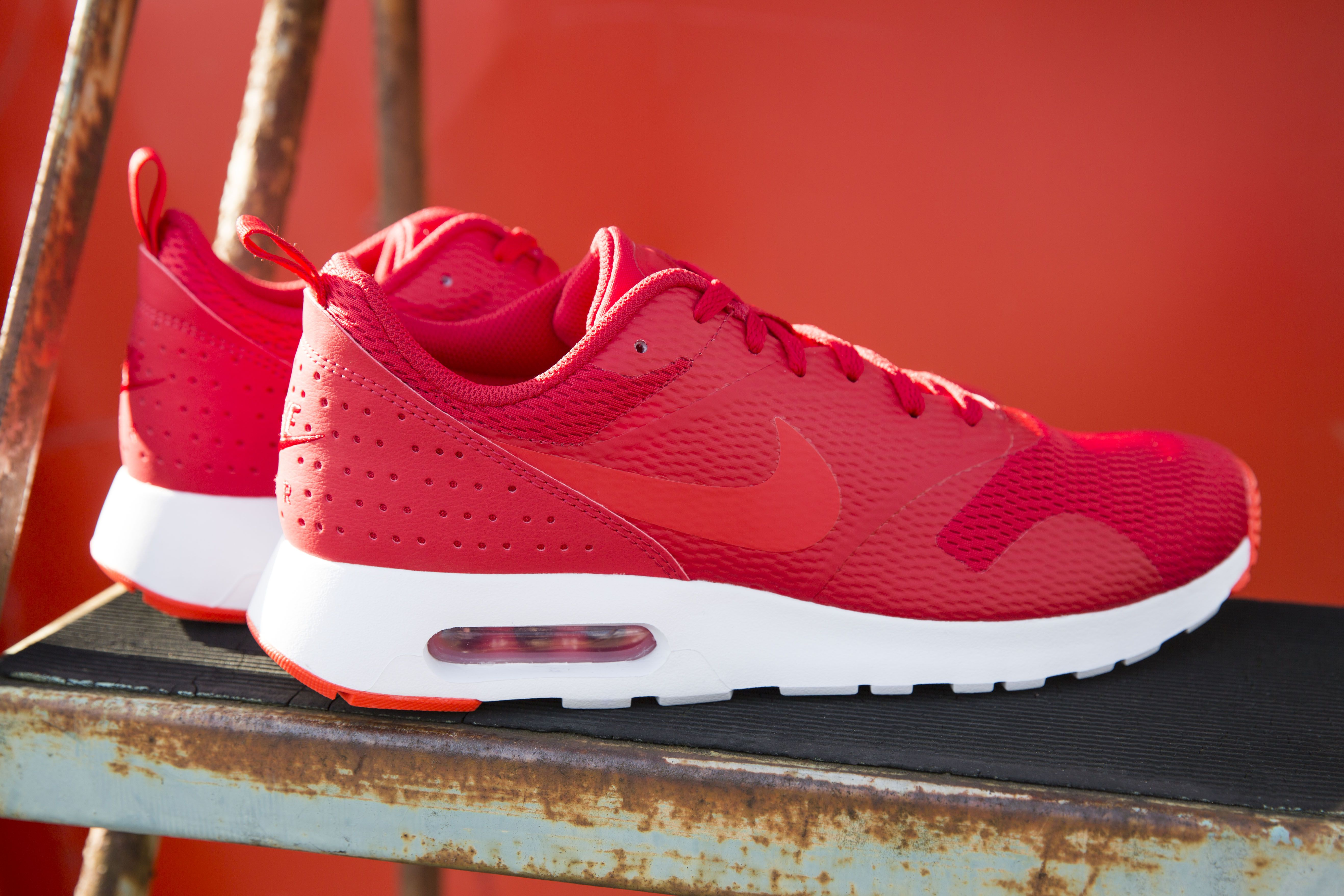 new style 09920 159d9 These mens red hot Nike Air Max Tavas trainers won t be around long.    sneaks   Air max, Nike air, Nike air max