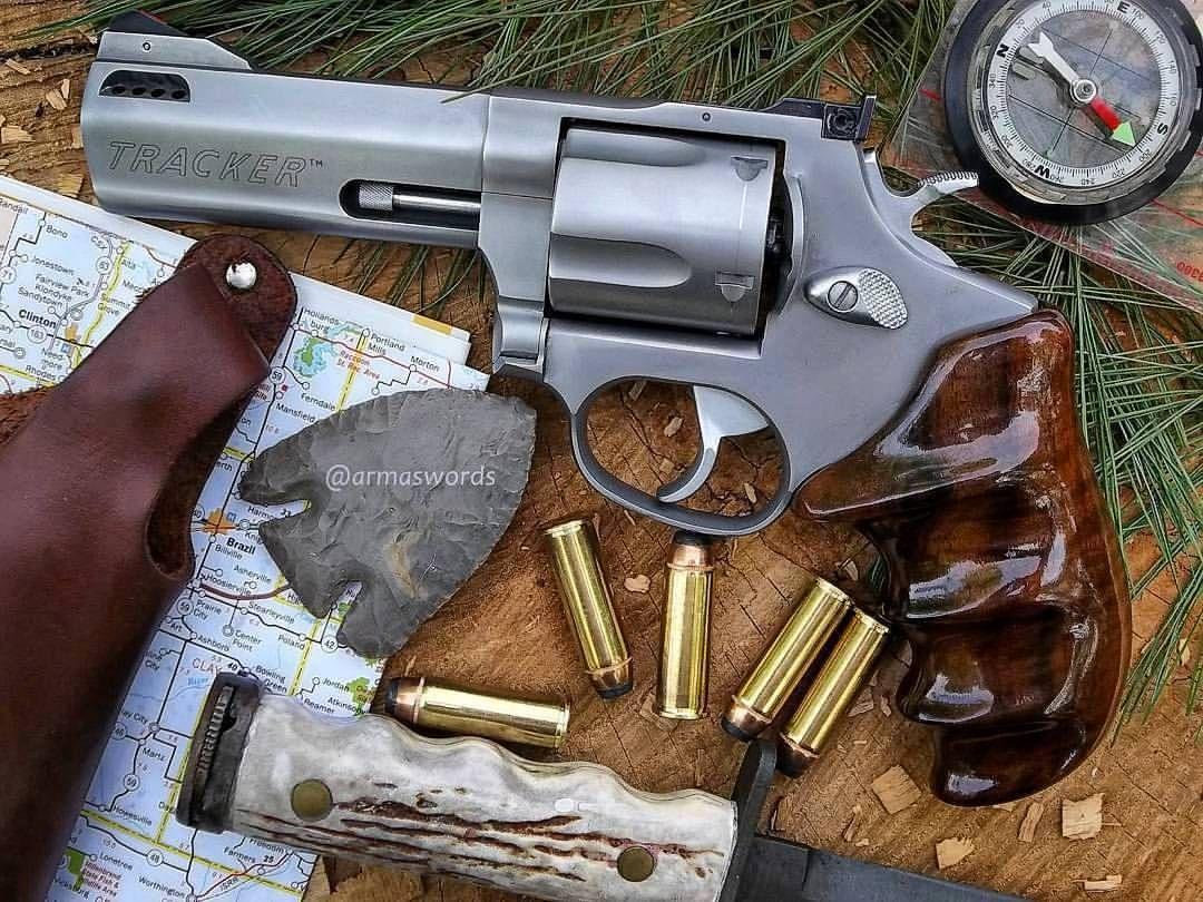 Taurus Tracker  44 Magnum | toys | Hand guns, Guns, 44 magnum