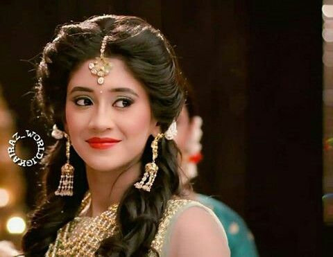 Shivangi Joshi Kairaholics Indian Hairstyles Traditional