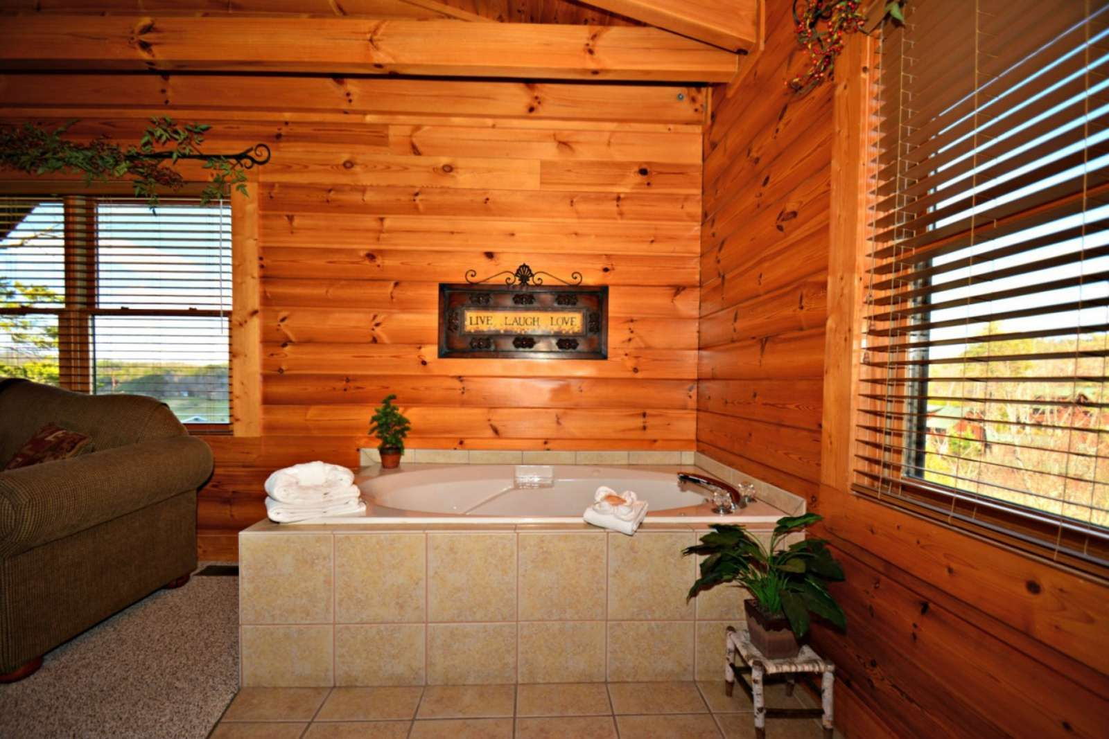 cabin tennessee for honeymoon peaceful mountain rental rent watch a usa cabins smoky youtube getaway