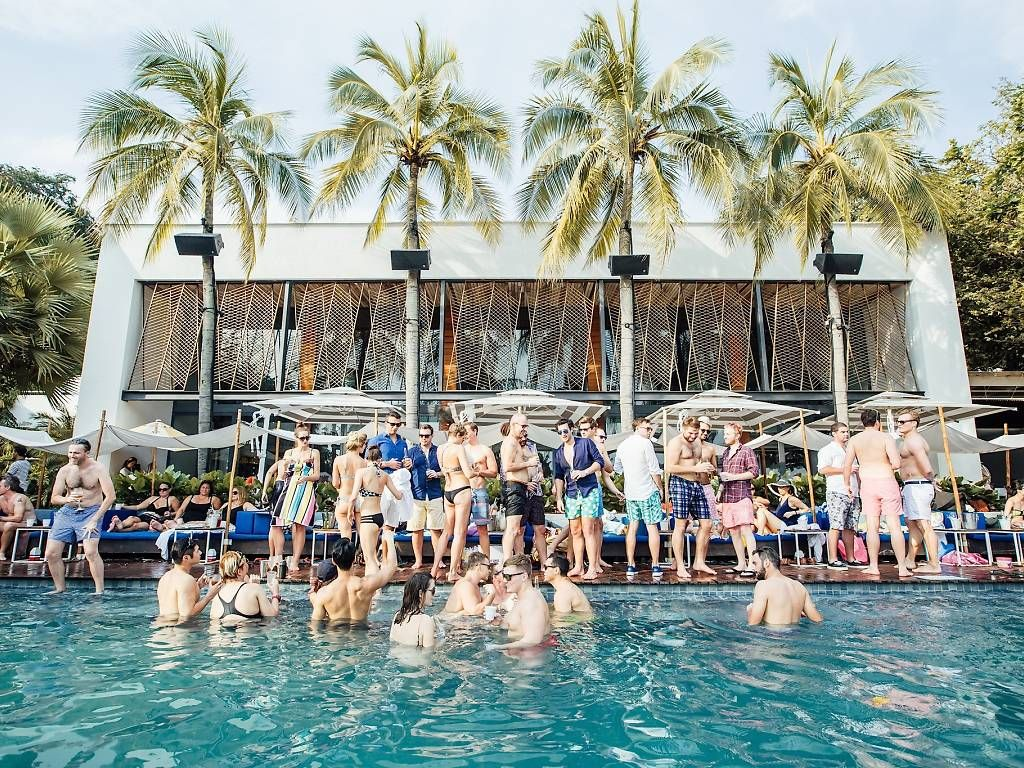 Party Under The Sun At The Best Beach Clubs In Singapore In 2020 Tanjong Beach Beach Club Singapore