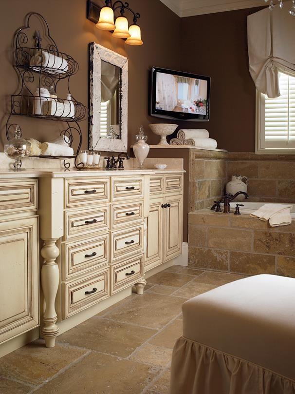 Wellborn Forest Providence Maple Tuscany Modern Bathroom