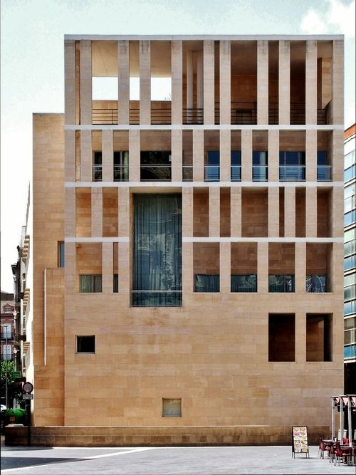 Join buildyful.com - the global place for architecture students.~~Rafael Moneo