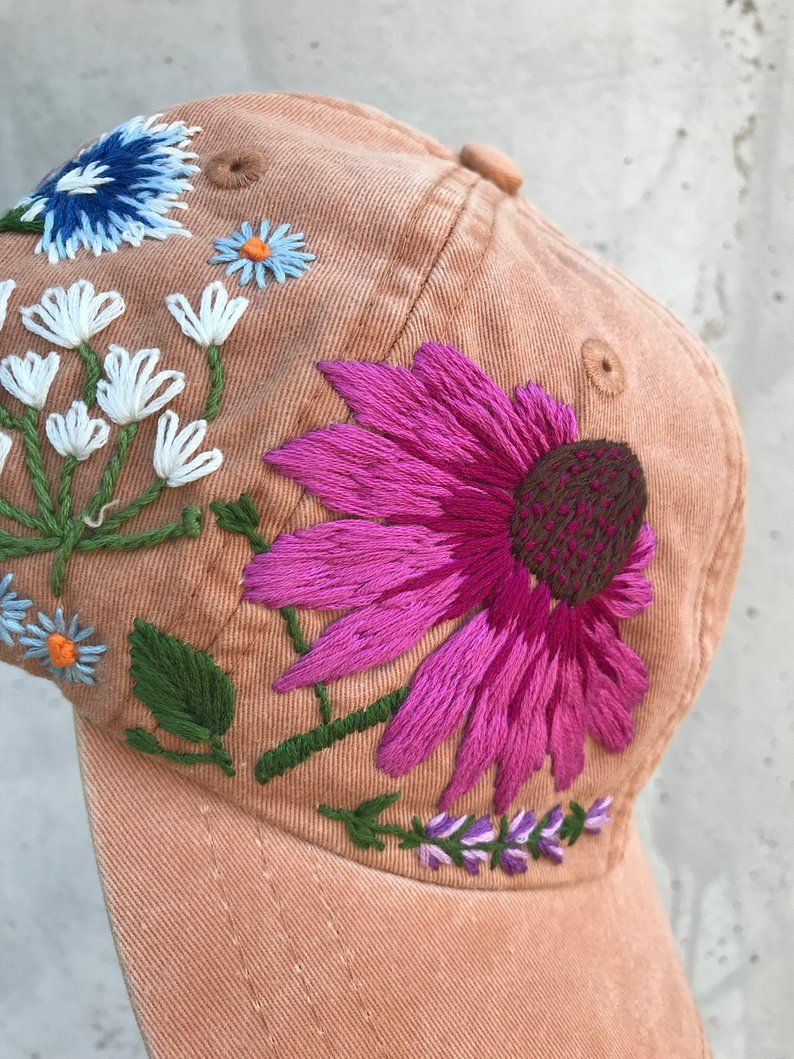 Hand embroidered hiking hat floral design baseball hat for