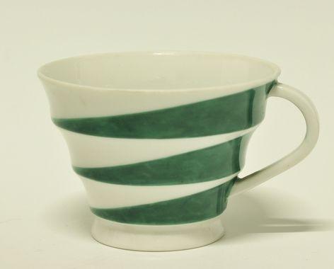 Cup by Nora Gulbrandsen for Porsgrund Porselen. Designed in 1929. In production 1927-1937. Model nr 395.4. Decor 5794