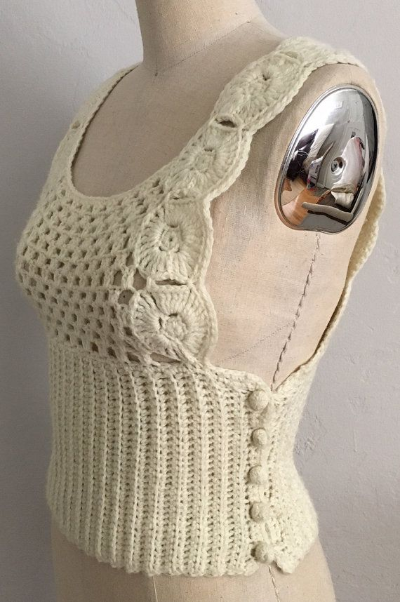 1970s Ivory Crochet Tank with Side Buttons | Marfil, Botones de ...