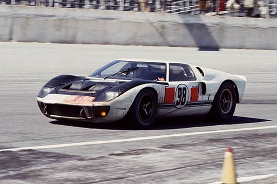 1966 No 98 Ford Gt40 Mk Ii Ken Miles Lloyd Ruby Ford Gt40