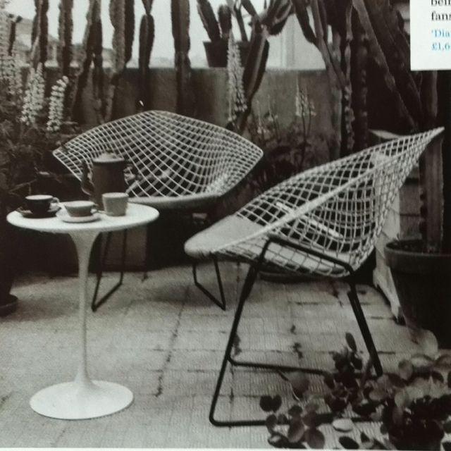 Bertoia Diamond Chair and #Saarinen Tulip Table   Outdoor Spaces ...