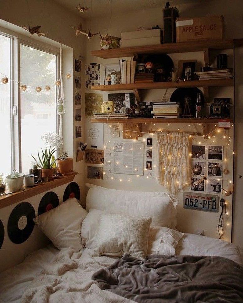Artsy Farsty On Instagram Fashion Style Grungetumblr Grunge Softgrunge Hipster Hippie Urban Vintage Ootd O Aesthetic Bedroom Room Inspo Bedroom Inspirations