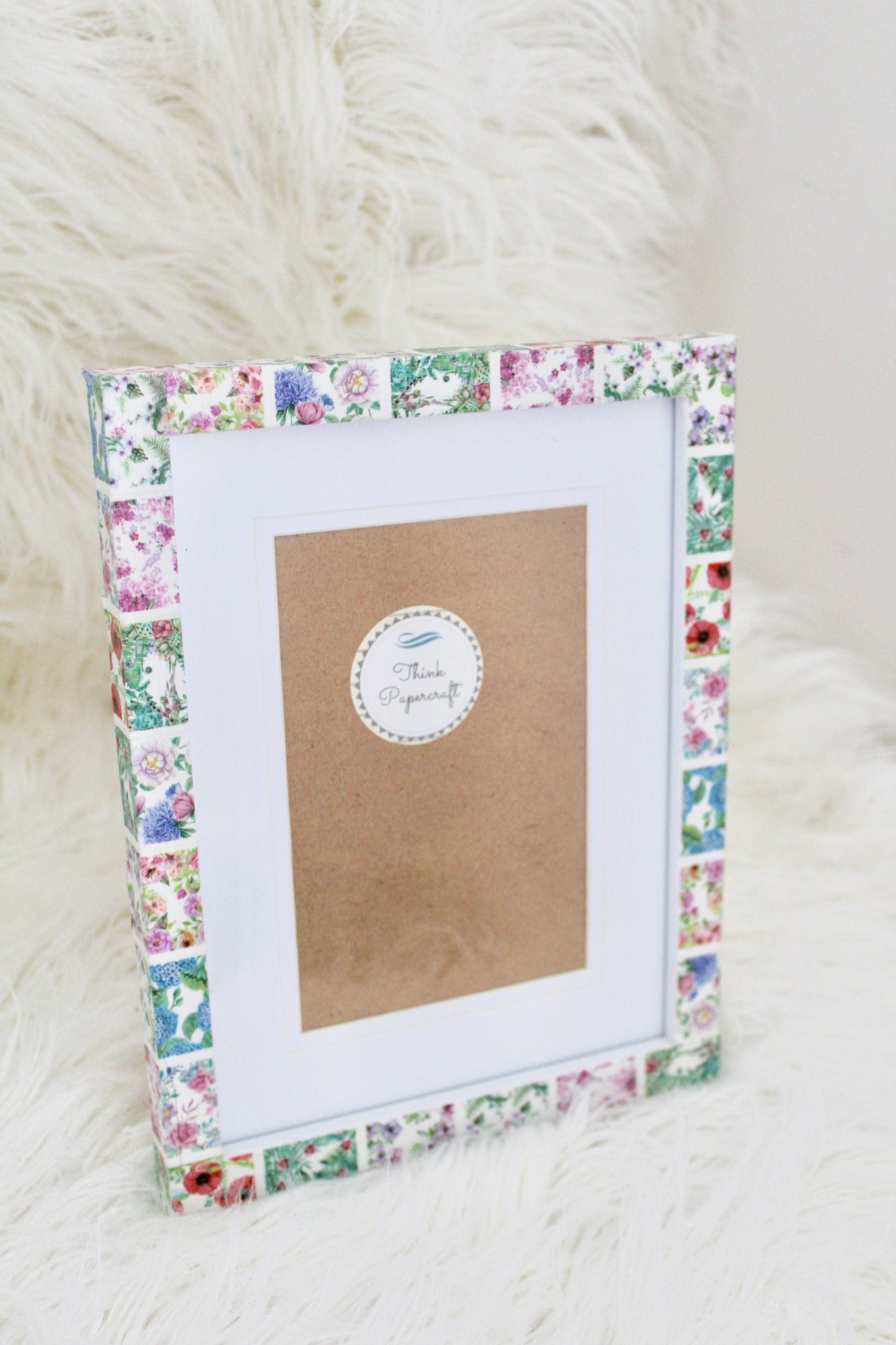 Floral Flowers Theme Decorated Photo Picture Frame 4x6 Inches 10x15 Cms Mount Or Frame 6x8 Inches 15x20 Cms With Poppy And Hydrangea Photo Decor Photo Picture Frames Frame