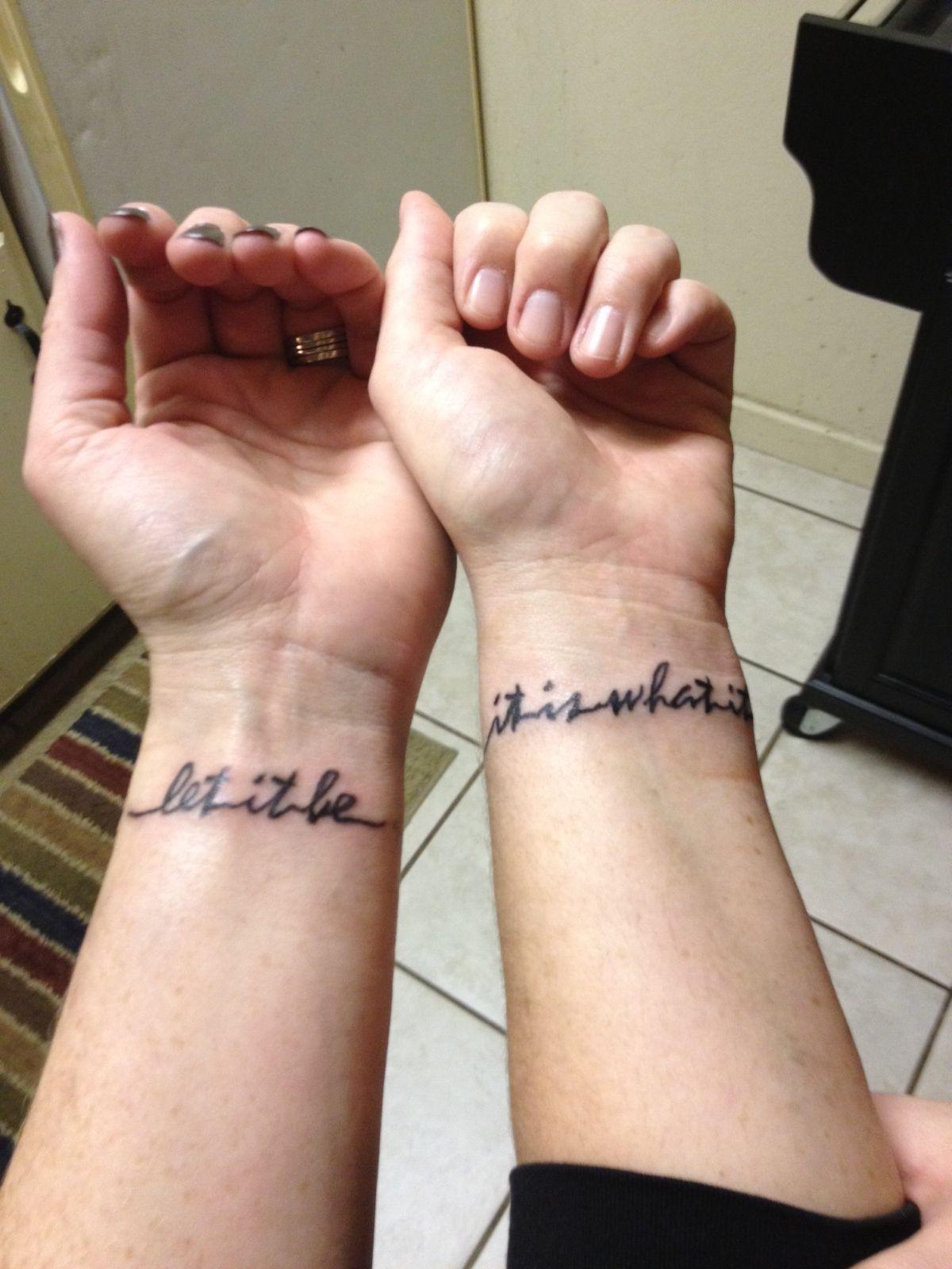 58f622731 Wrist tattoos