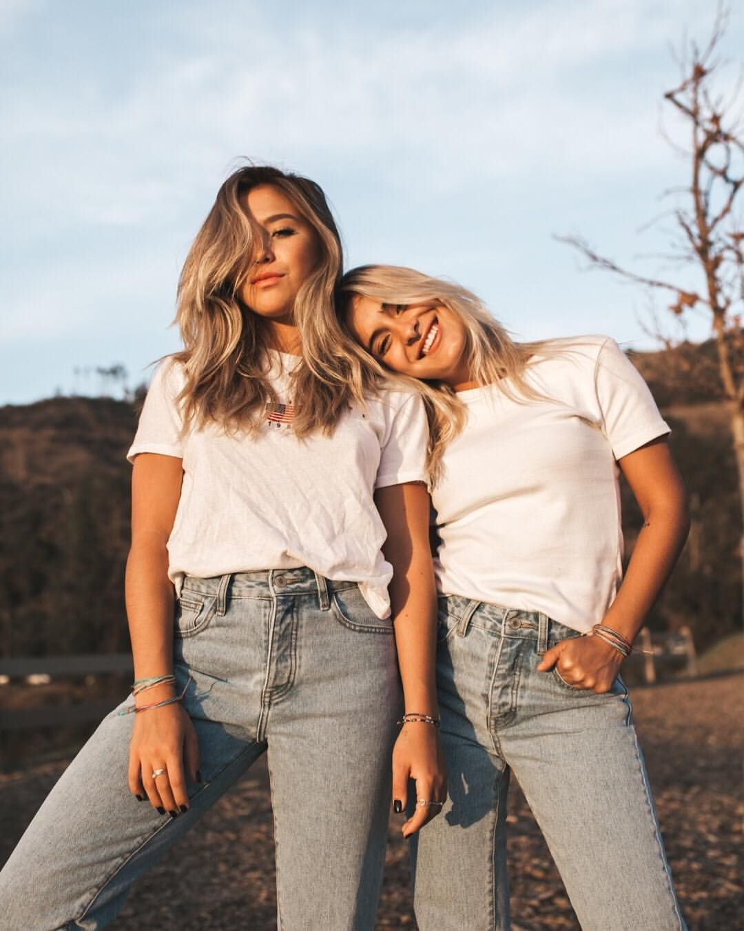 13 8k Likes 25 Comments Pura Vida Bracelets Puravidabracelets On Instagram Eat Drink A Friend Poses Photography Friend Photoshoot Sisters Photoshoot Sign in to check out what your friends, family & interests have been capturing & sharing around the world. friend poses photography