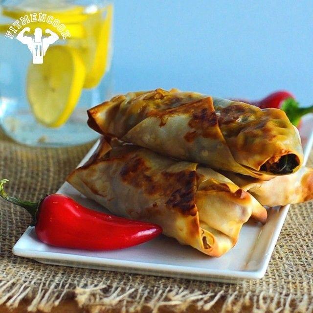 #Dinner: spicy turkey & spinach baked egg rolls!