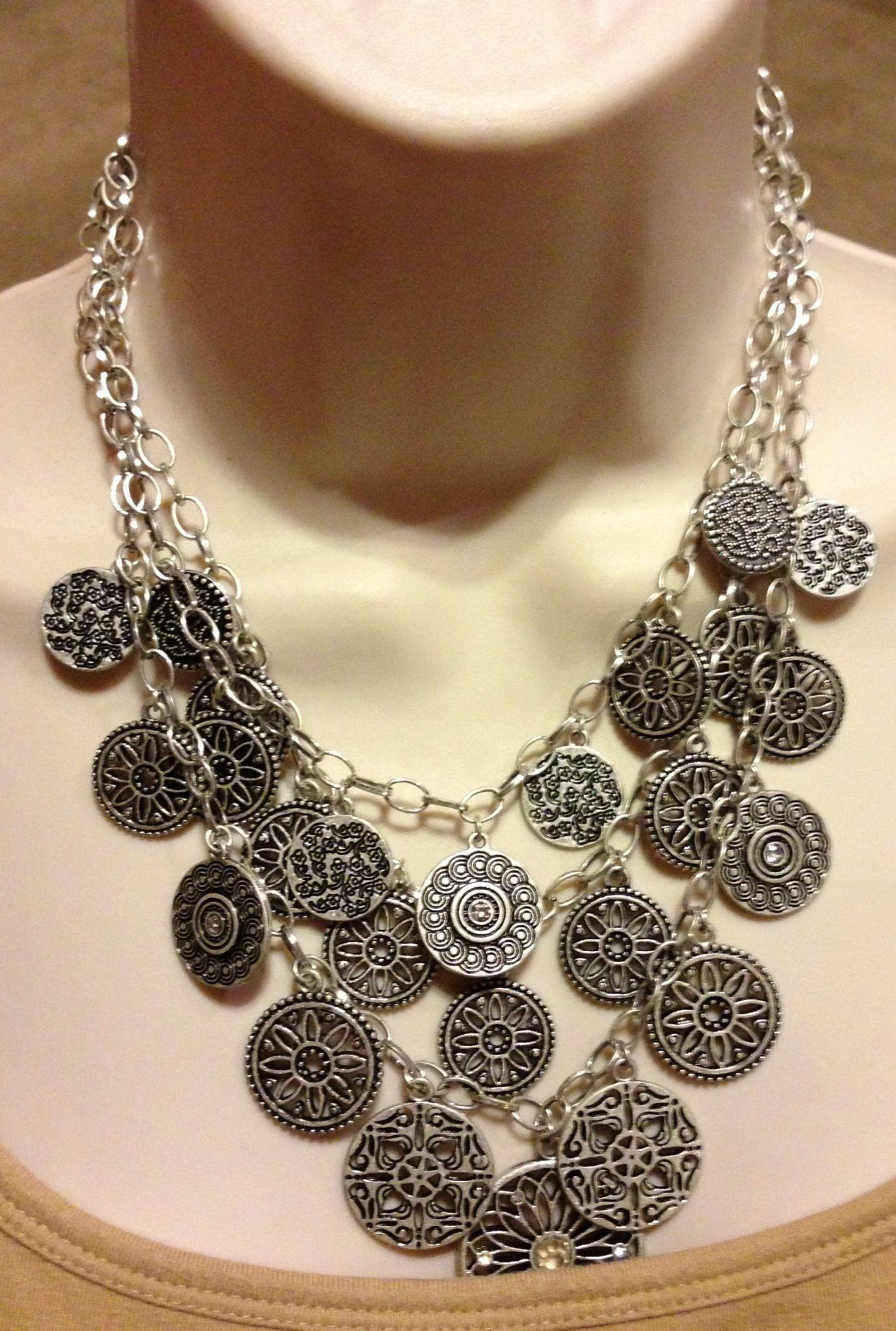 Leading Lady bib necklace