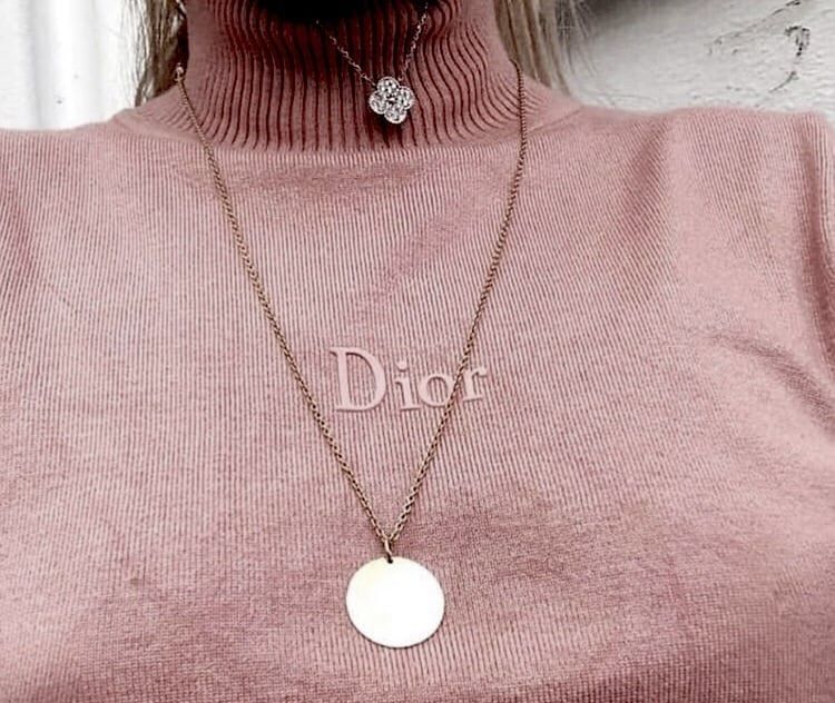 27df300c388 Image uploaded by 𝐚𝐞𝐬𝐭𝐡𝐞𝐭𝐞. Find images and videos about fashion,  style and pink on We Heart It - the app to get lost in what you love.