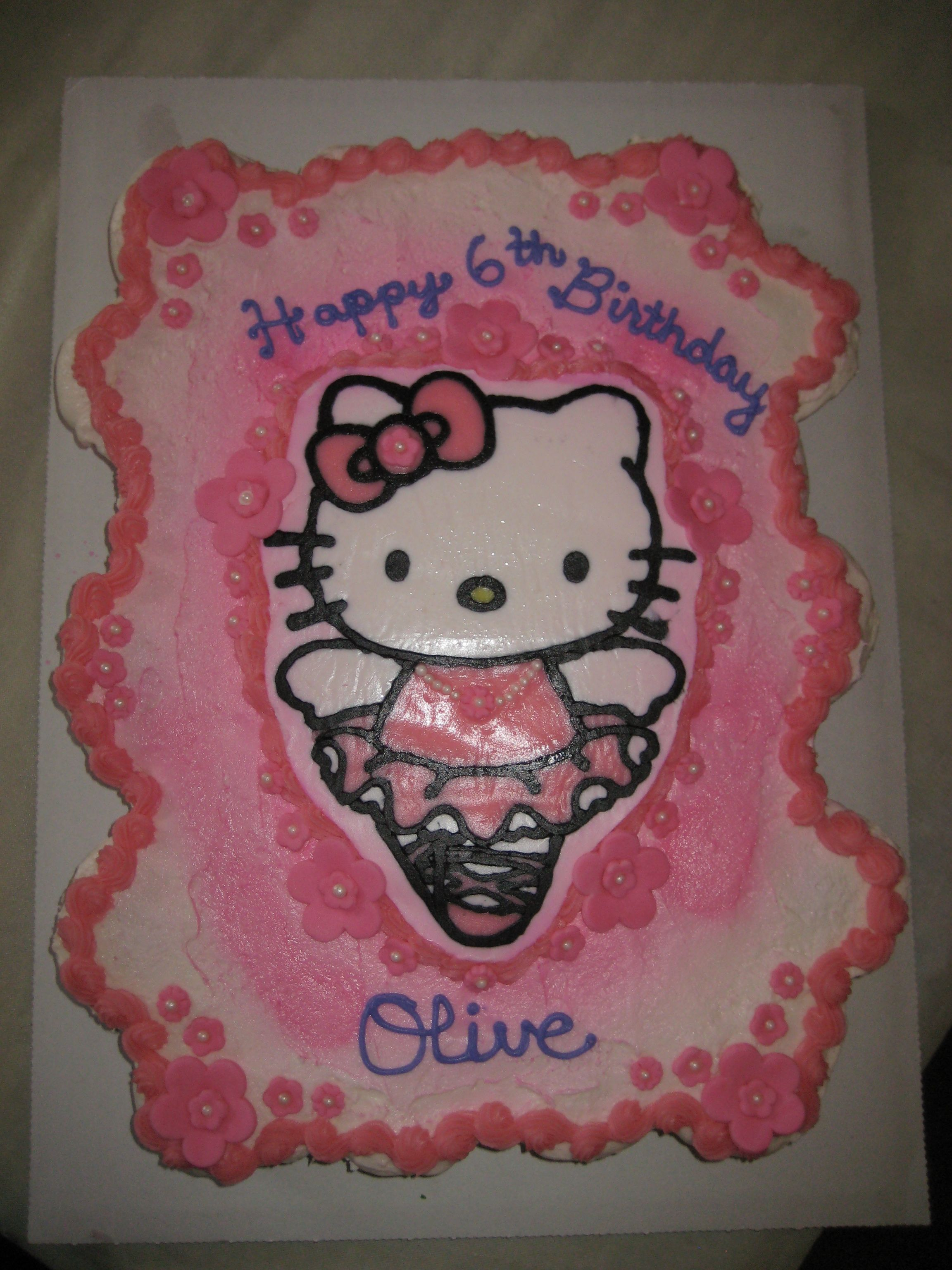 Hello Kitty Buttercream Transfer Cake