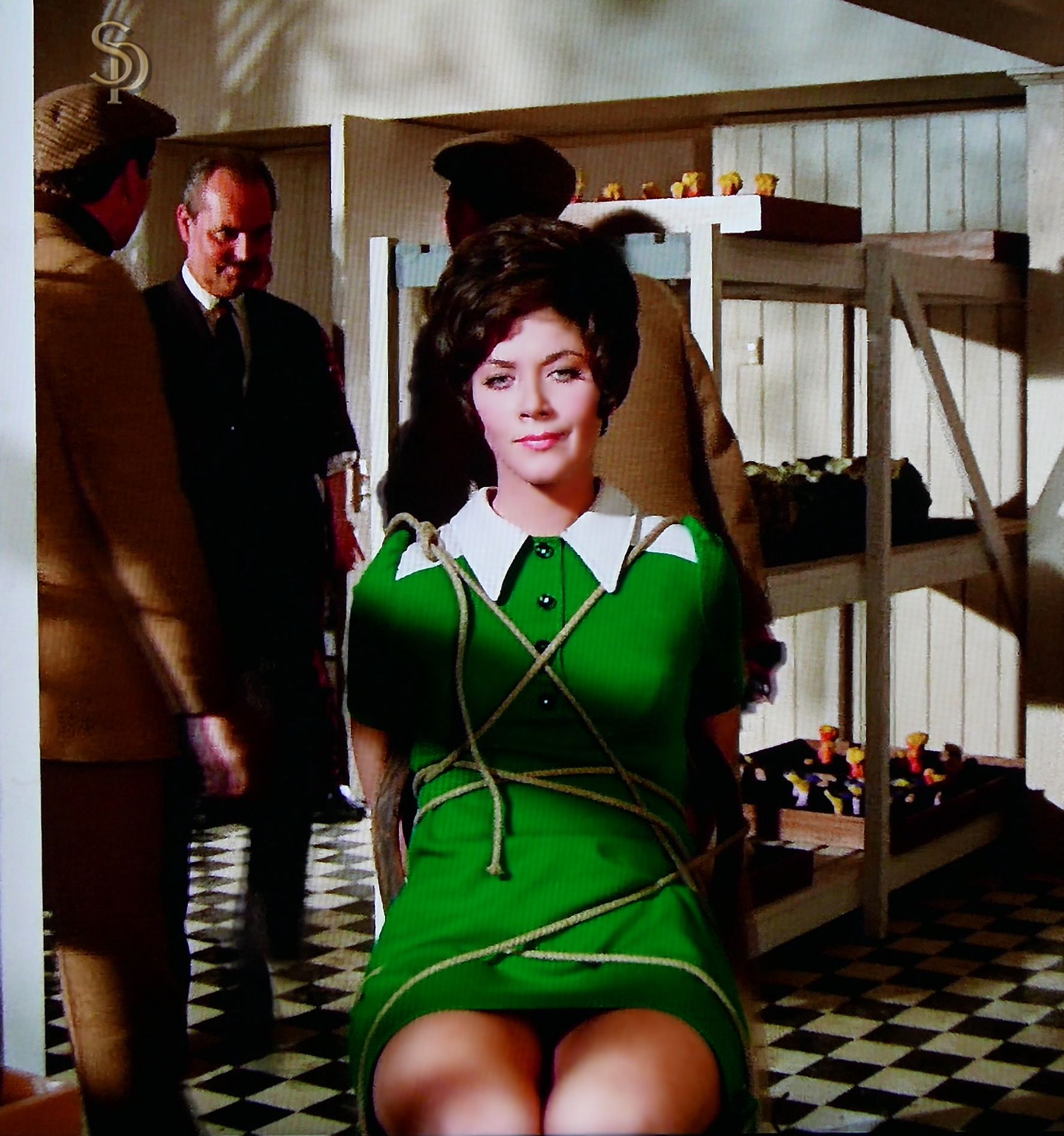 Linda Thorson as Tara in the Avengers (With images ...