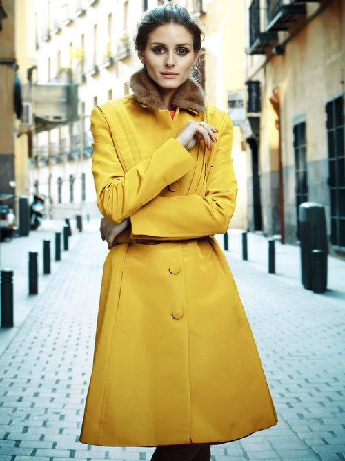 Chic cold weather street style on Olivia Palermo.