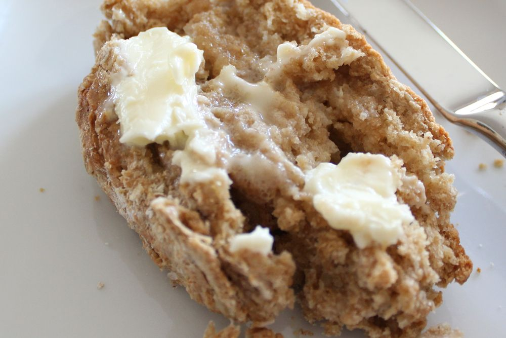 Irish Oatmeal Brown Bread | http://www.bitesoutoflife.com/2011/03/20/irish-oatmeal-brown-bread/