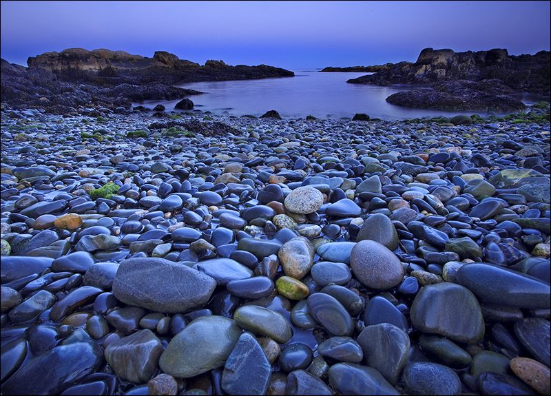 Blue Rocks Biddeford Me Aww Where I Went To College With Images Rocky Shore Favorite Places Vacation Spots