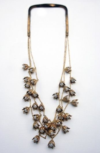VINTAGE LILY VALLEY BAR CHAIN NECKLACE MULTI by Babetteworld