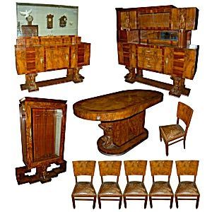 Exceptional Art Deco Dining Set (table With 6 Chairs, Buffet And Server ) 1920 Walnut
