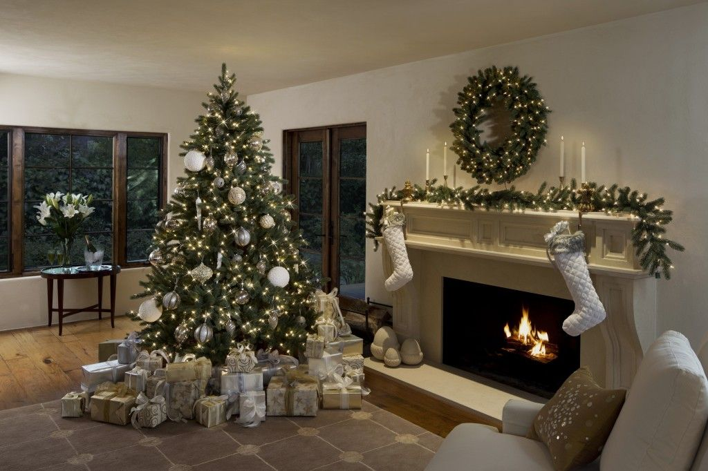 3 stylish ways to decorate your holiday mantel - Simple Ways To Decorate Your House For Christmas