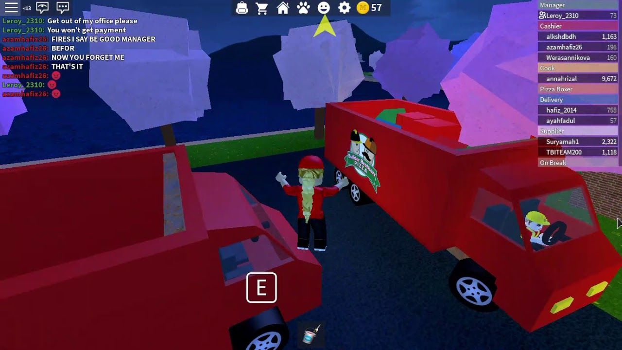 Playing Work At A Pizza Place Pizza Place Roblox Games Roblox