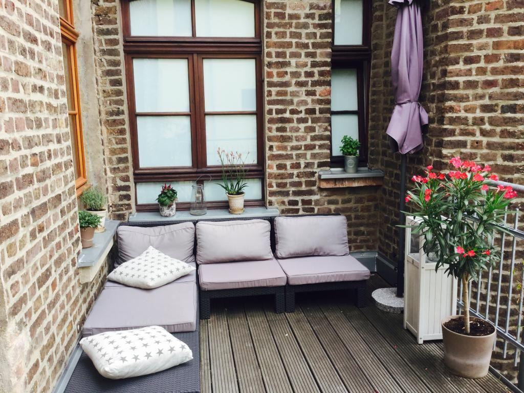 Schöne Balkonmöbel   Eckgarnitur für bequeme Balkonzeiten. Balkon ...