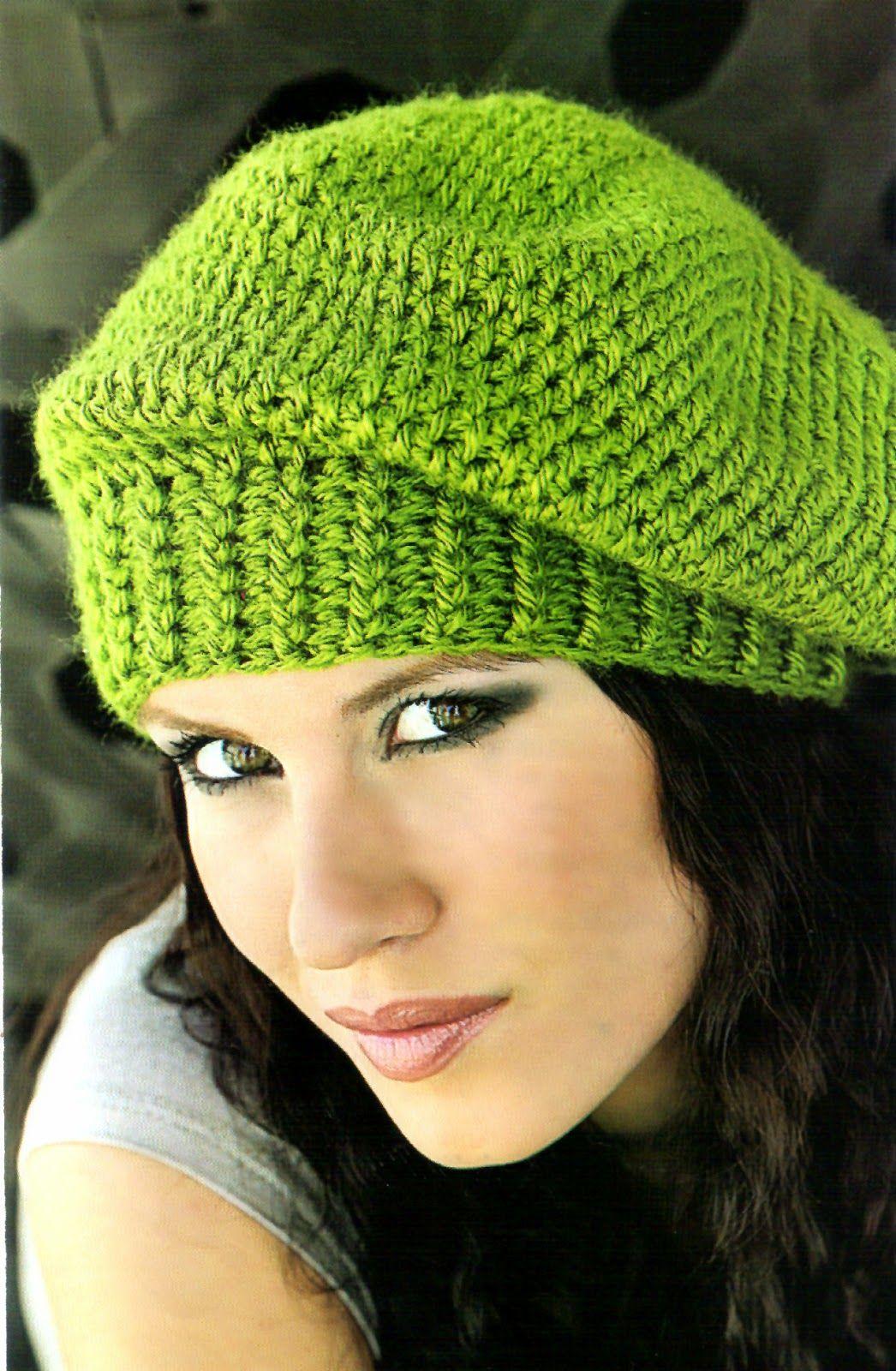 Descubre como tejer facil y en poco tiempo esta boina en verde en la  tecnica del crochet MATERIALES  150 gramos de hilado sedificado . 35e51246714