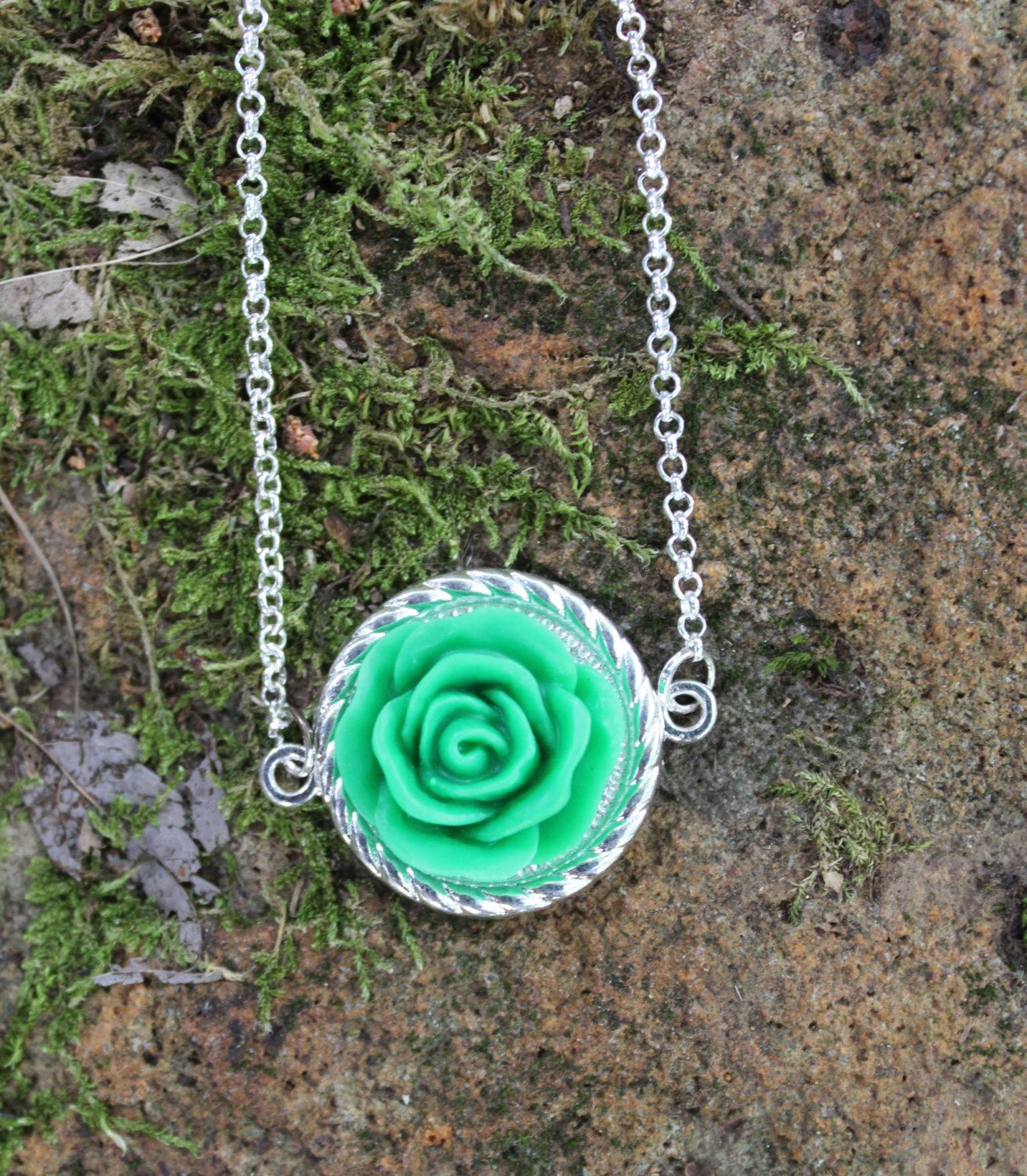 Kelly Green Shabby Chic Vintage Rose Cabochon Antique Gold, Antique Copper, Silver or Pewter Tone Necklace by ZephyrBreeze93 on Etsy https://www.etsy.com/listing/241624844/kelly-green-shabby-chic-vintage-rose