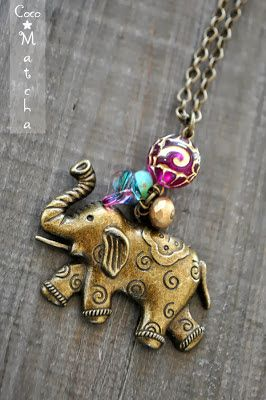 - Antique brass Elephant Long Necklace - COCO MATCHA  . . . Nature & Vintage inspired Jewelry https://www.etsy.com/shop/cocomatcha