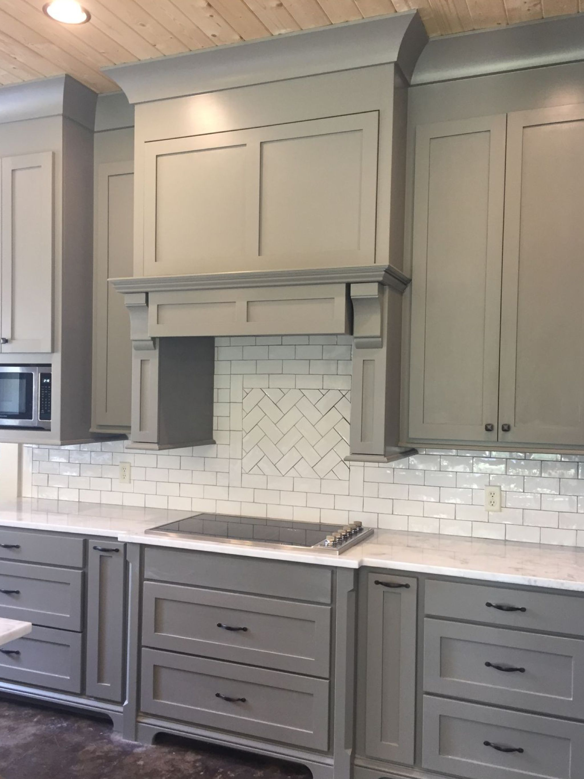 Grey Shaker Cabinets In 2020 Shaker Style Kitchens Kitchen Cabinet Styles Shaker Style Kitchen Cabinets