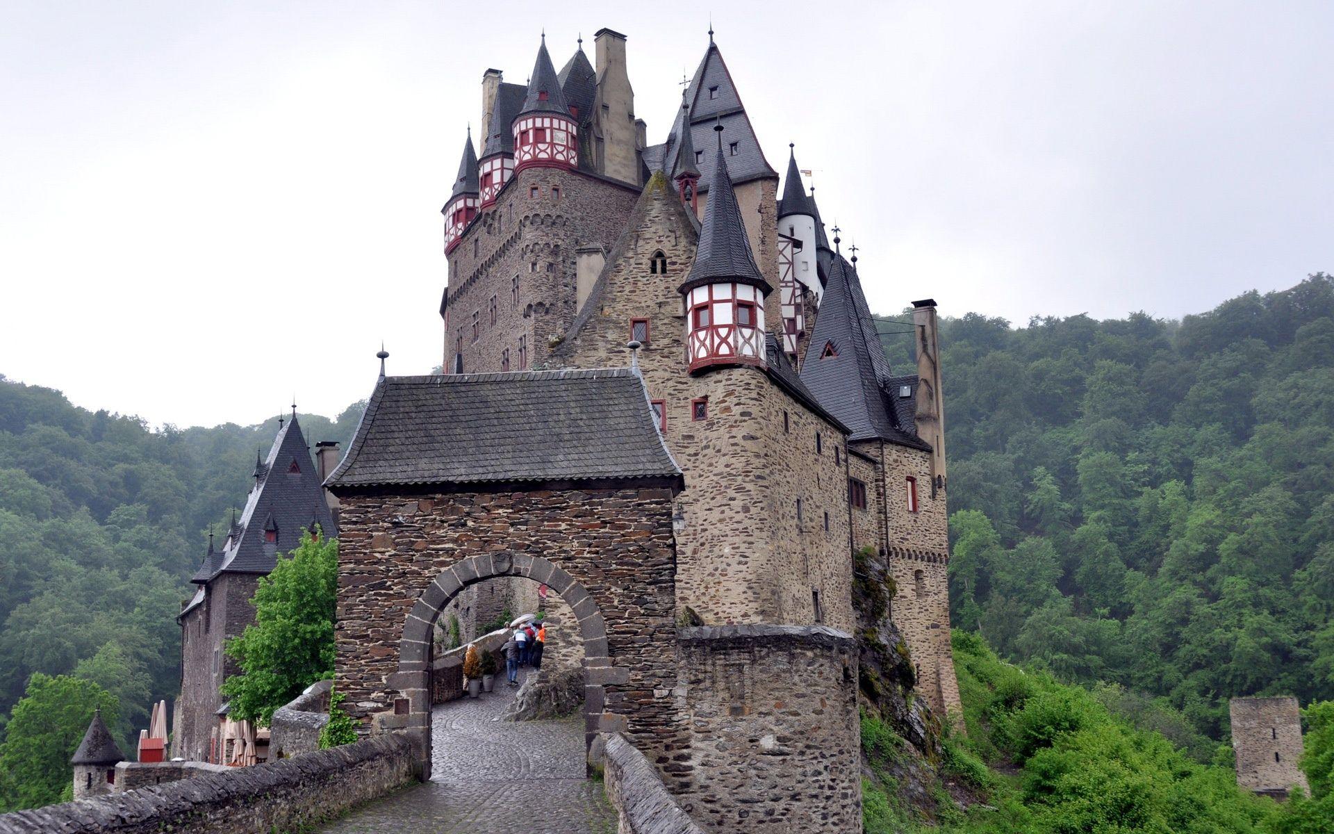 Castles In Germany Burg Eltz 1920x1200 Jpg 1920 1200 Germany Castles Burg Eltz Castle Castle
