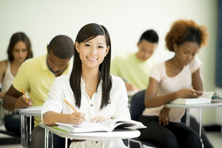 New Voice Language Academy, Student in class. Learn