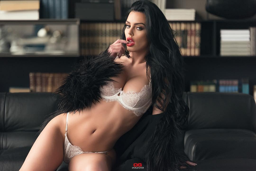 Model adult lingerie