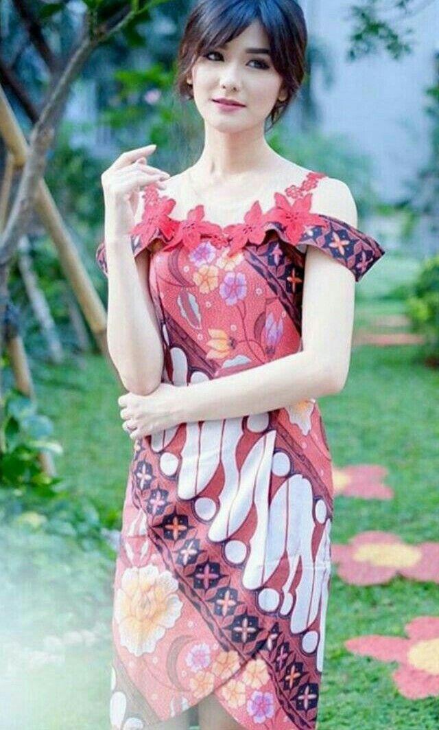 Pin de Fikeu Syahtania en Kebaya & Batik | Pinterest | Vestiditos