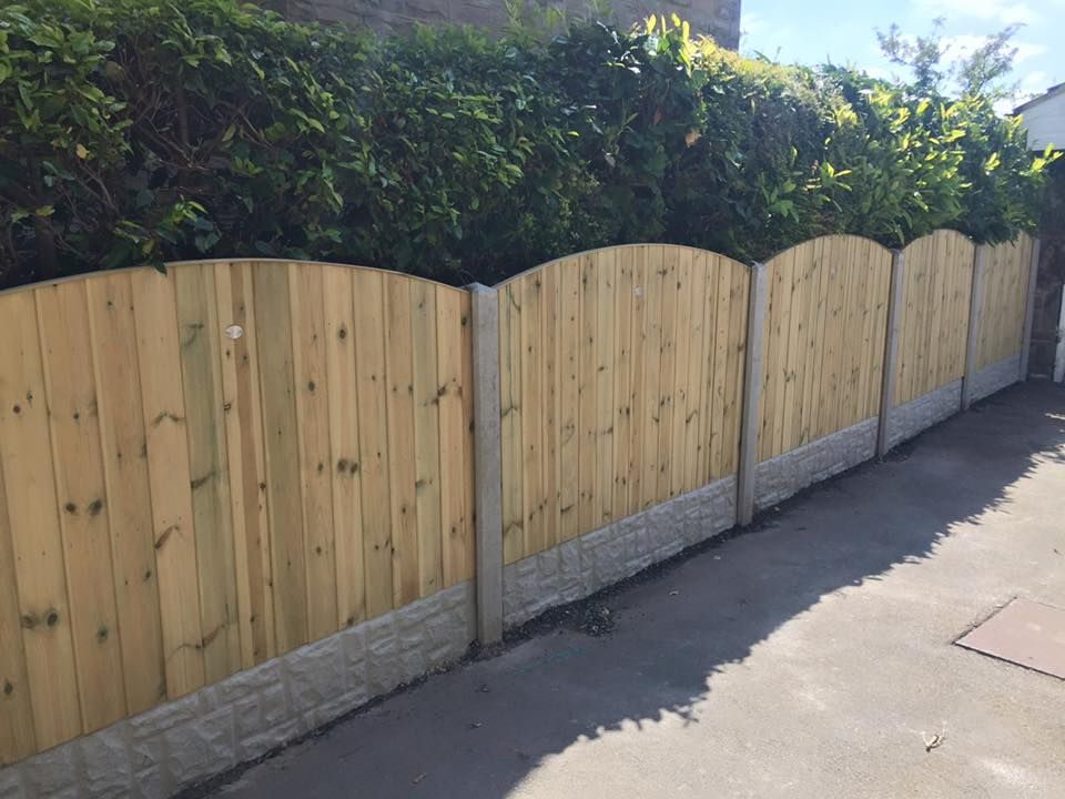 Fencing Panels In Concrete Fence Posts With Gravel Boards