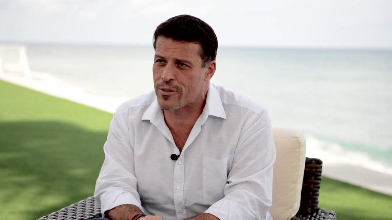 Tony Robbins is one of the most successful coaches in the world. I found Tony Robbins Priming Routine so you can learn how to start your day properly!