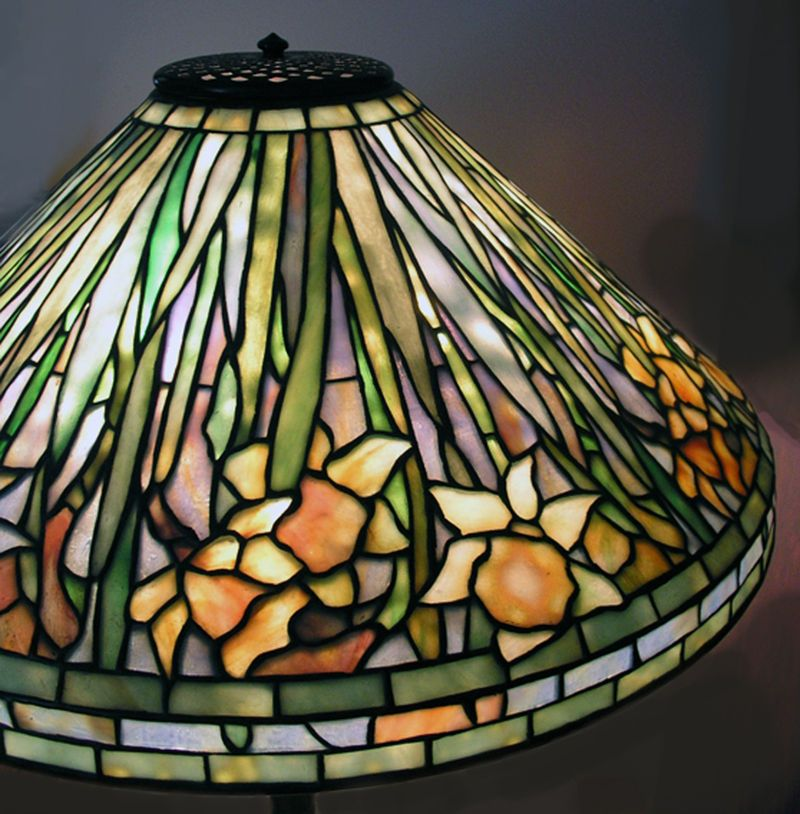 Wiki tiffany daffodil low louis comfort tiffany wikipedia the