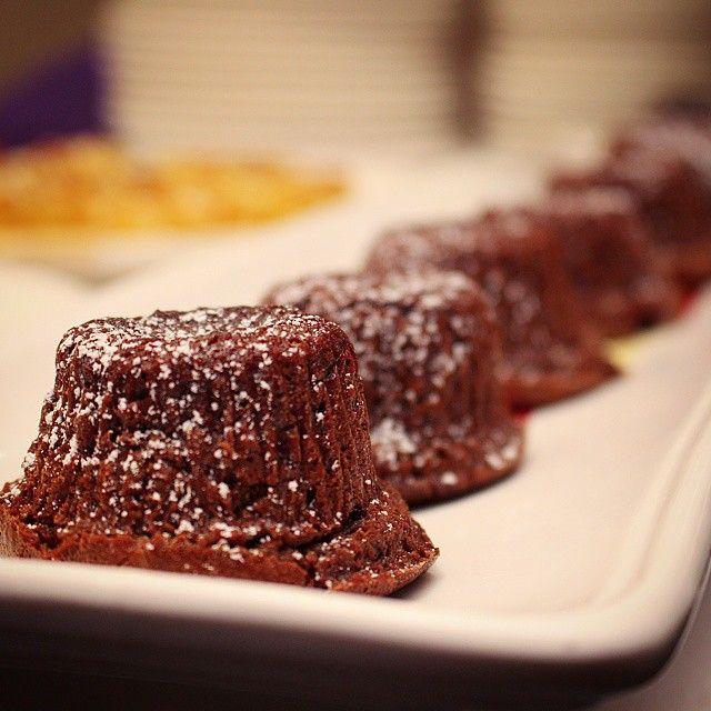 Mini Chocolate Soufflés from @RoysHawaii