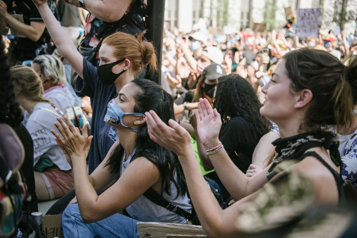 Madelaine Petsch And Camila Mendes At Black Lives Matter Protest In Los Angeles 2020 06 03 Black Lives Matter Protest Black Lives Matter Madelaine Petsch