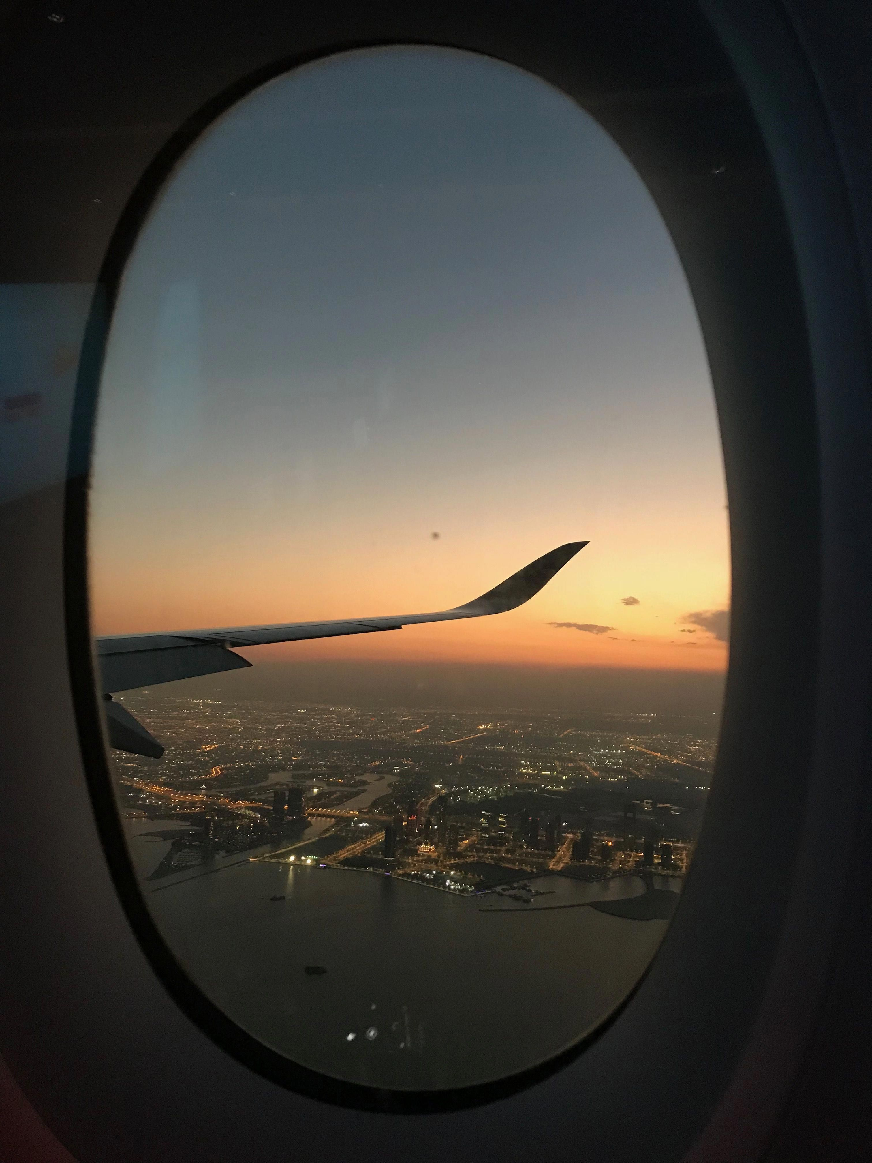 Look At This Magnificent Photo What An Inventive Concept Windowsphotography Plane Window View Picture Cloud Plane Travel