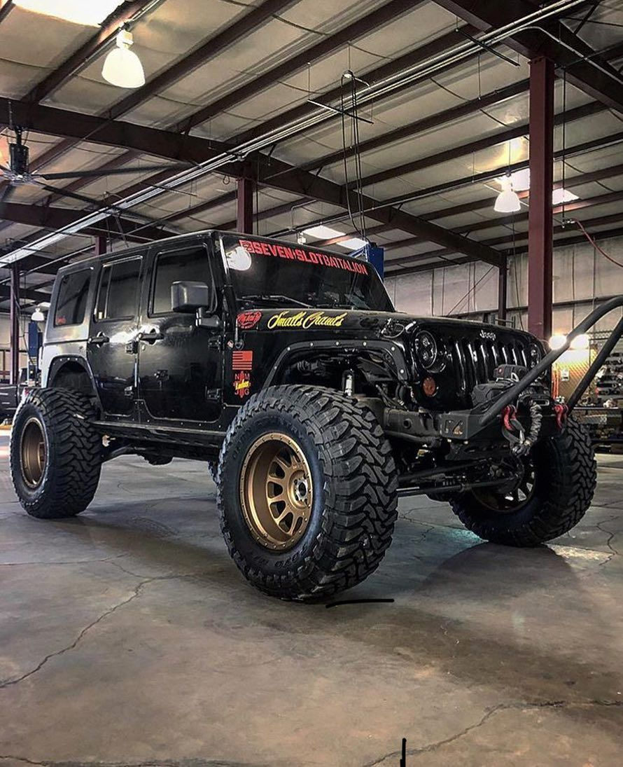 Red Jeep Bronze Rims