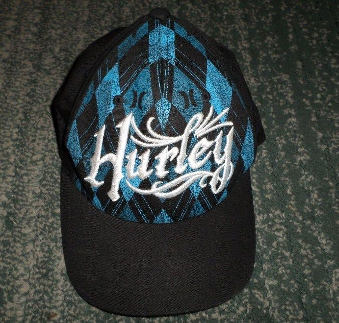 best sneakers 4bf07 6dea0 Men s Black, White   Blue HURLEY Embroidered Logos Hat, Size S M FLEXFIT,  GUC  HURLEY  BaseballCap