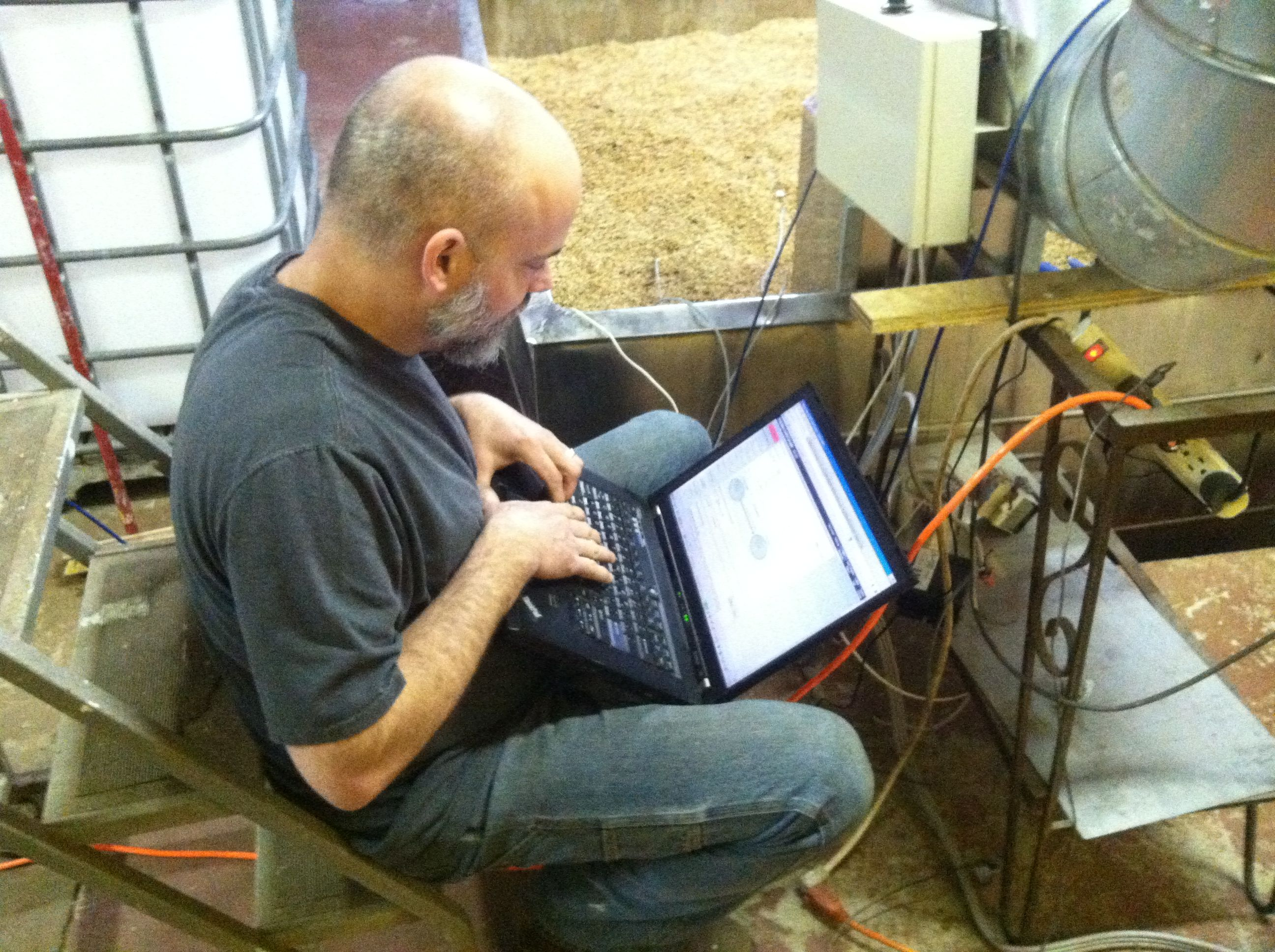 The Maltster from FarmHouse Malt programming the