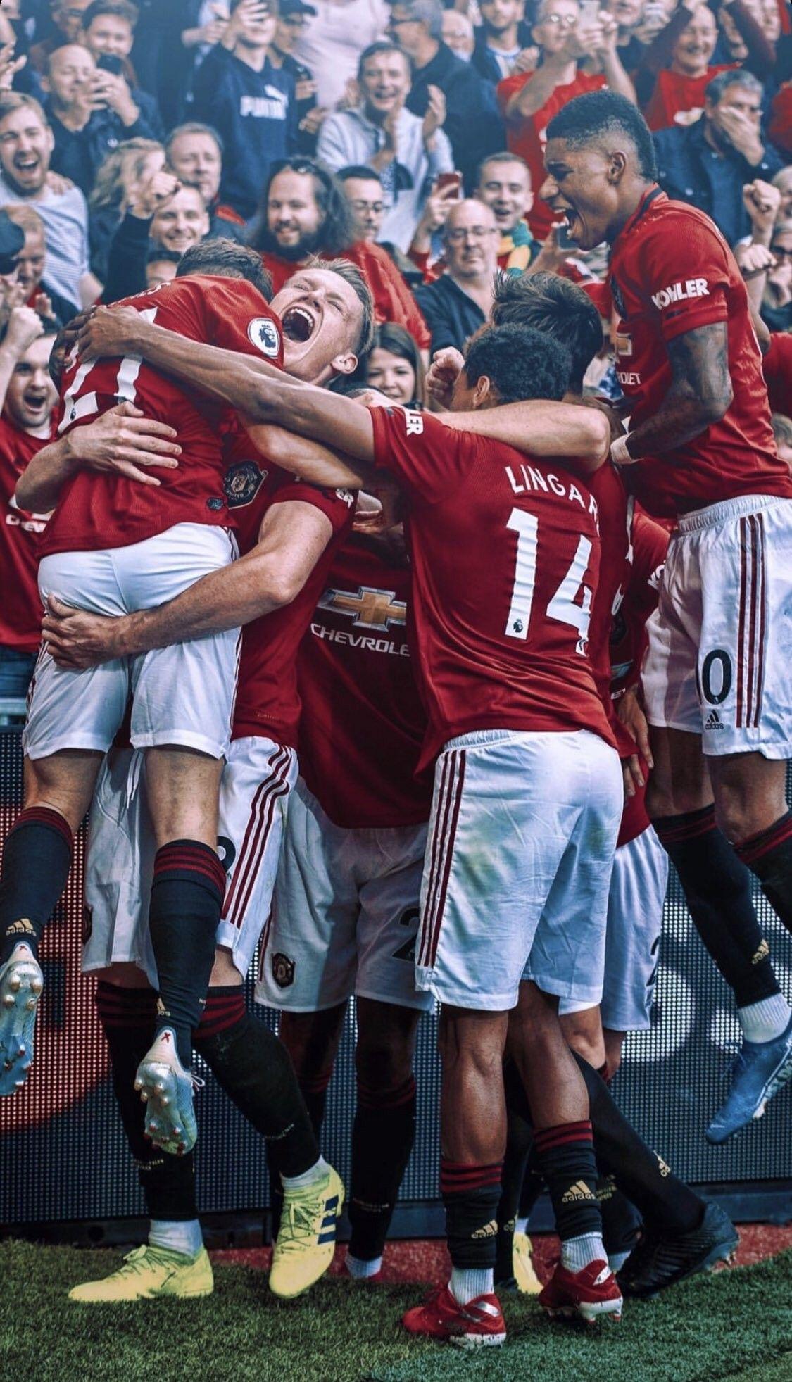 celebration after dan james s debut goal for manchester united danjames mufc manchester united players manchester united manchester united legends pinterest