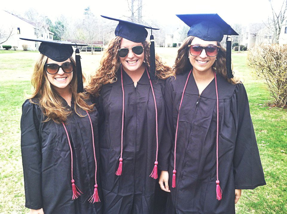 62fad17c415 6 Stylish Ways to Stand Out at Graduation